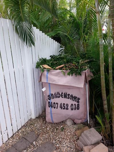 Cairns Garden Bags & Bins